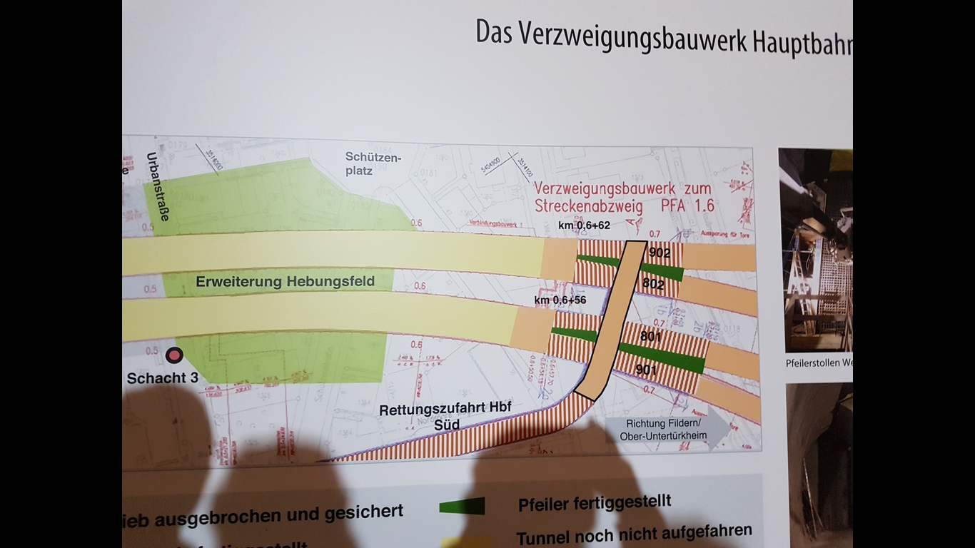 http://netzwerke-21.de/wordpress/wp-content/uploads/20190106-Verzweigungsbauwerk.jpg